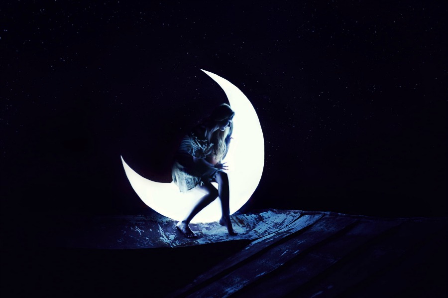 Sitting_on_the_moon