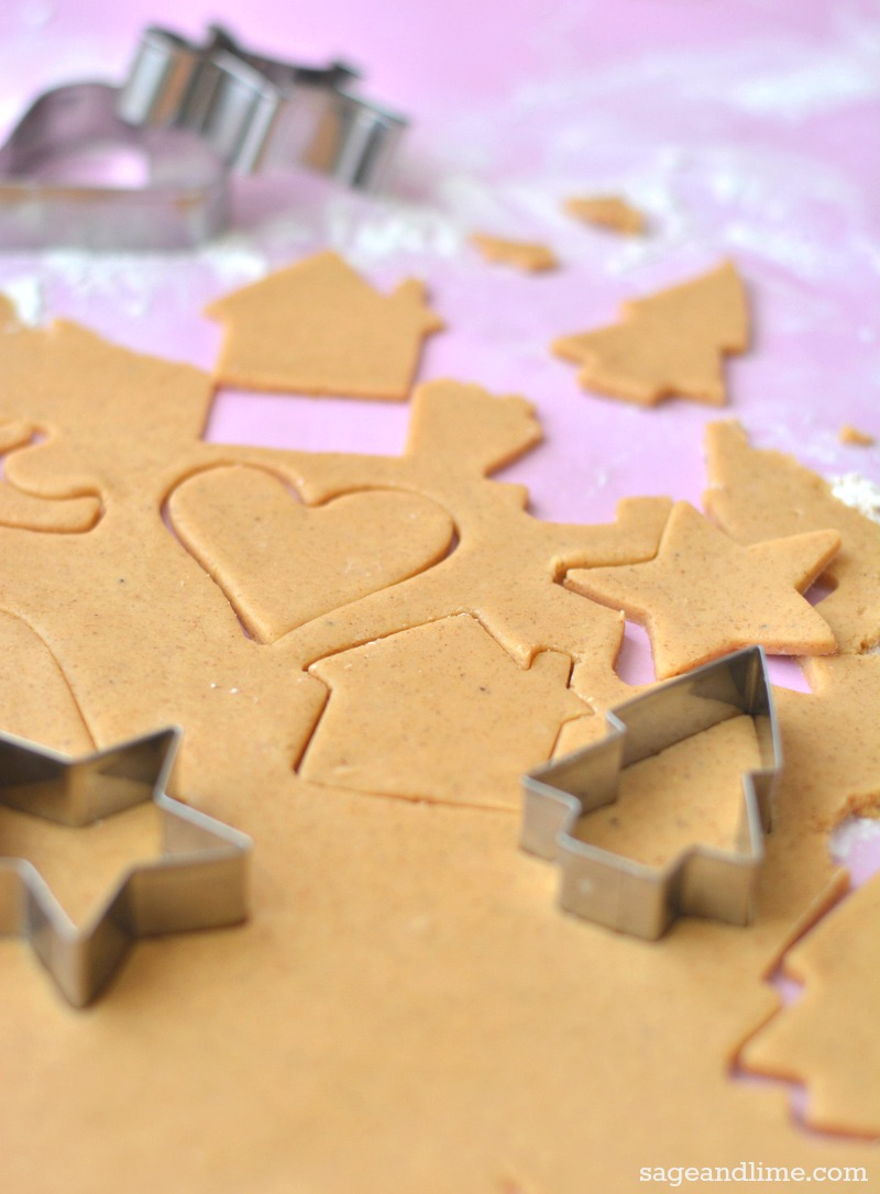 gingerbread-cookies-cutting-out